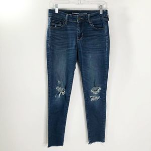 Old Navy Rockstar Jeans Distressed Size 2 Raw